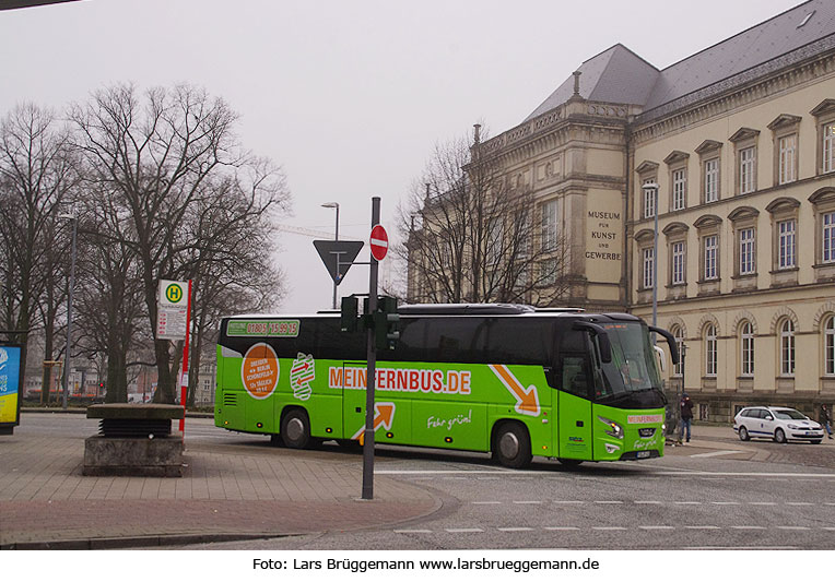 MeinFernbus am Hamburger ZOB - Bus der Linie Hamburg -Berlin - Dresden