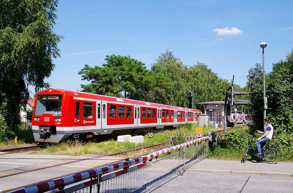 http://larsbrueggemann.de/fotos-eb-12-630px/529ewd-bahnhof-suelldorf.jpg