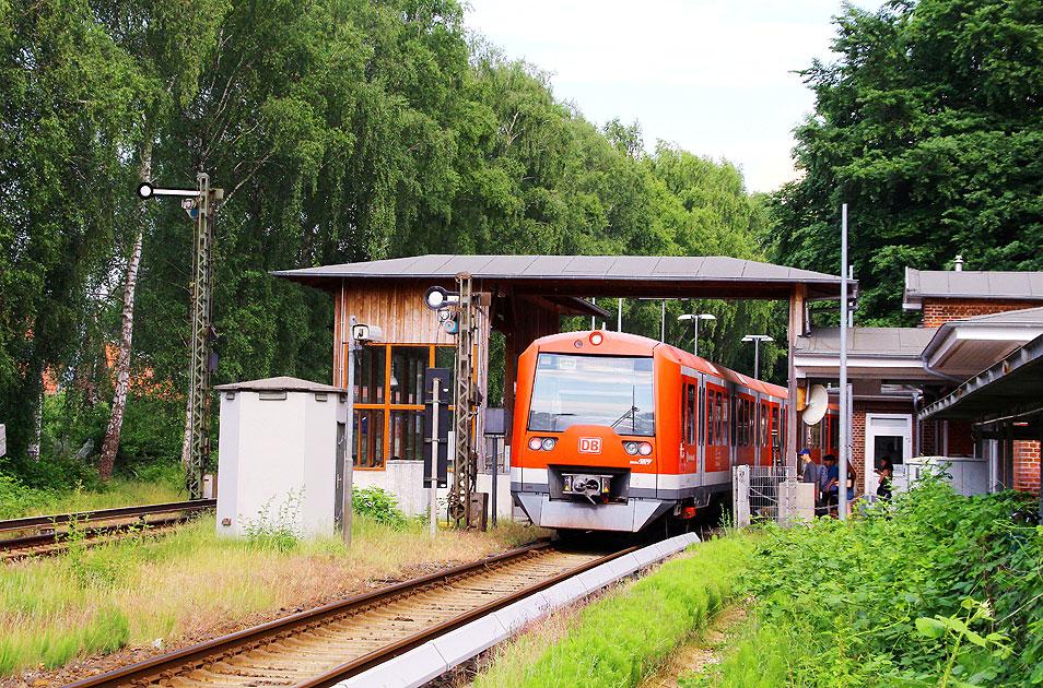 http://larsbrueggemann.de/fotos-eb-12-630px/529ewd-s-bahn-suelldorf-hamburg.jpg
