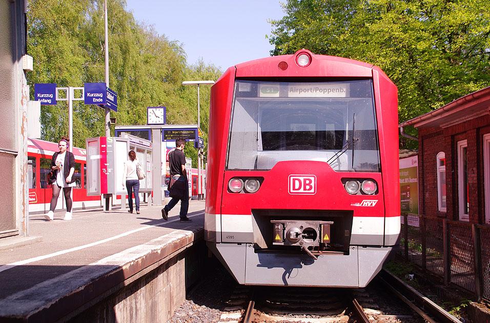 http://larsbrueggemann.de/fotos-eb-14-630px/529ewd-bahnhof-suelldorf.jpg